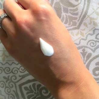 beautycounter-hand-creem-swatch